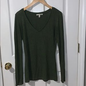 🌸 express forest green thin sweater